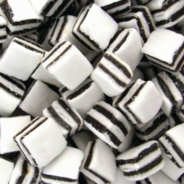 Black and White Mints 100g Gift Bag