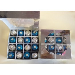 Ferrero Rocher Selection Box in Turquoise & Silver